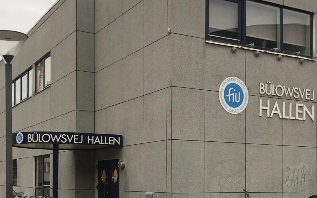 Nye facadeskilte på haller og anlæg